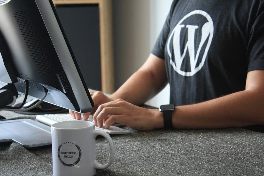 Стоит ли изучать WordPress в 2020 году? (и как?)
